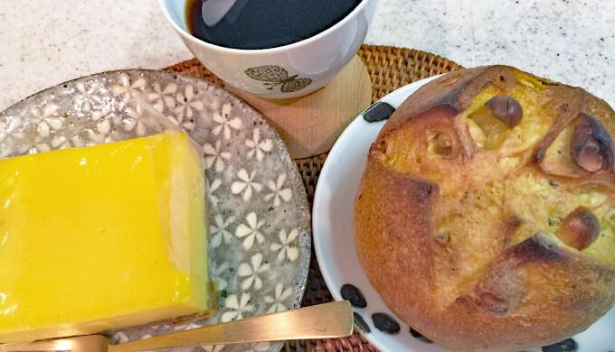 メゾンカイザー コーヒーと フラン キュルキュマ