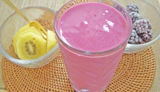 ヒューロムスロージューサーで作った栄養価の高いジュースで、美肌と健康を手に入れよう!