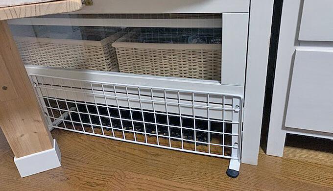 テレビボードの下 フェンス